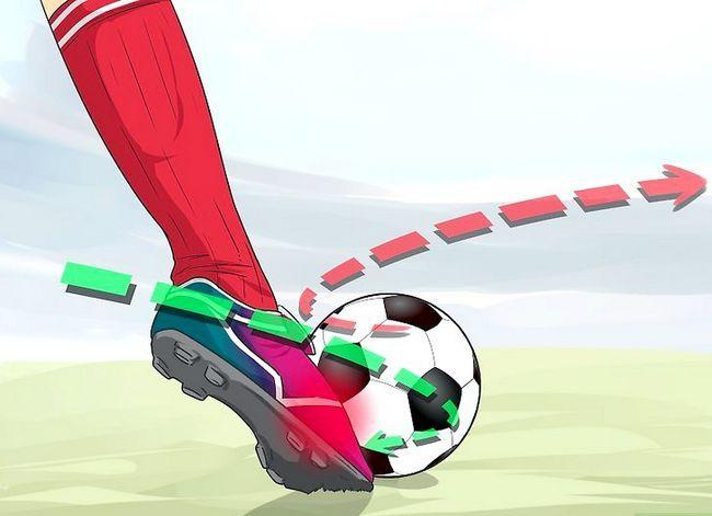 Billedbetegnelse Curve a Soccer Ball Trin 3
