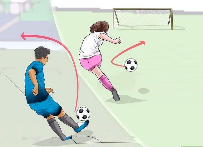 Billedbetegnelse Curve a Soccer Ball Trin 8