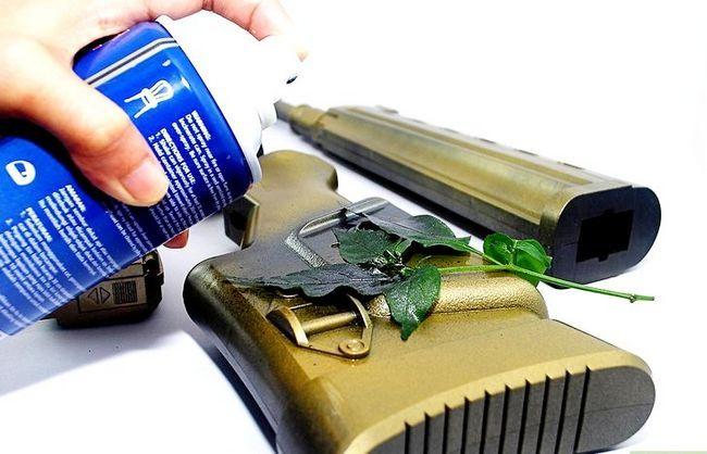 Billedbetegnelse Do Camo Spray Paint Trin 6
