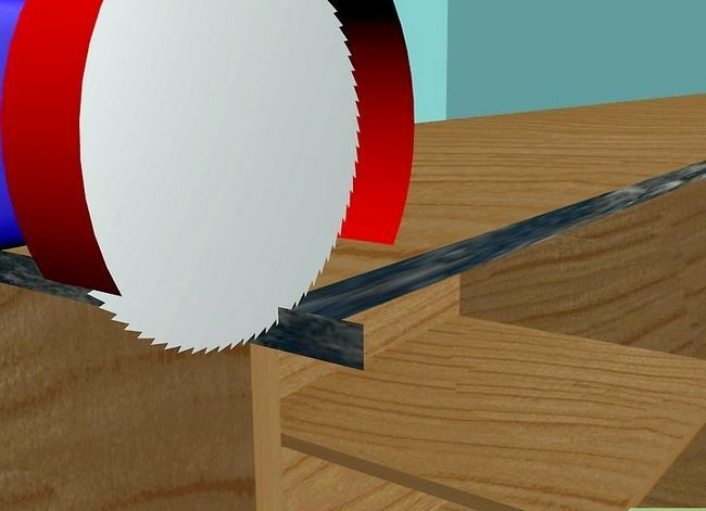 Billede titled Installer Formica Trin 8