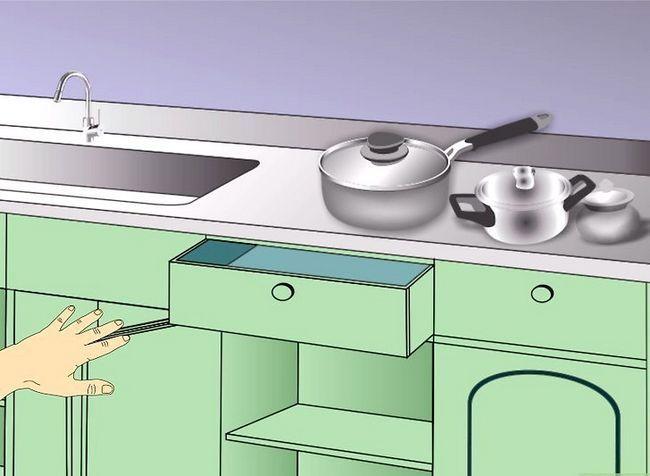 Billedbetegnelse Clean Kitchen Cabinets Trin 13