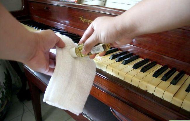 Billedbetegnelse Rengør et klaver Trin 3