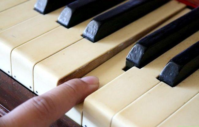 Billedbetegnelse Rengør et klaver Trin 5