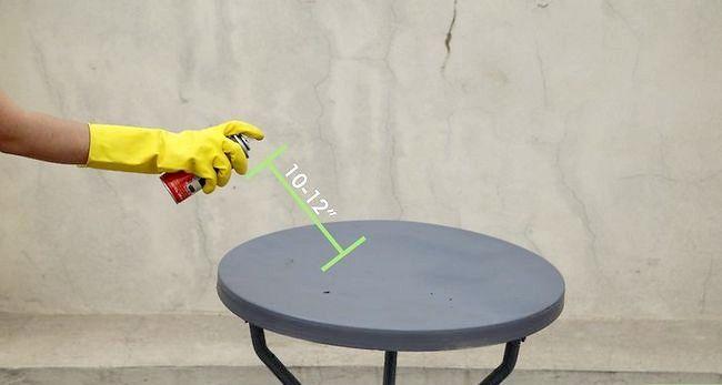 Billed betegnet Spray Paint Metal Trin 13