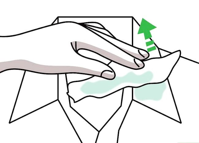 Billedbetegnelse Få en sminke ud af tøj uden vask Trin 18