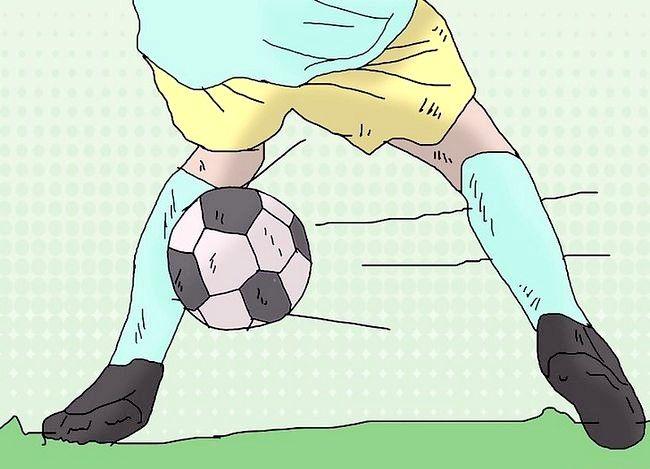 Billede med titlen Play Defender (Soccer) Trin 6