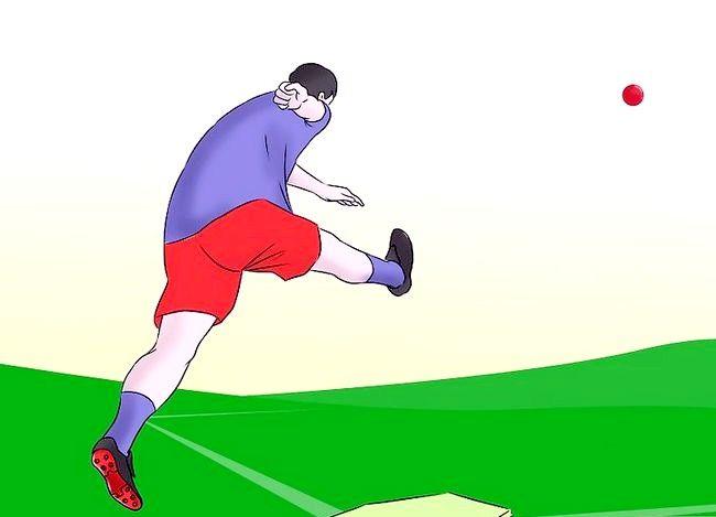 Billede med titlen Vær en fantastisk Kickball Player Trin 3