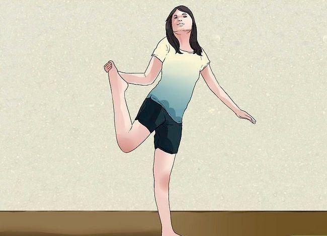 Billedbetegnelse Gør dine fødder berør hovedet Trin 10